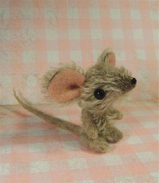 Paulie mouse b (Large)