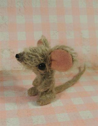 Paulie mouse a (Large)