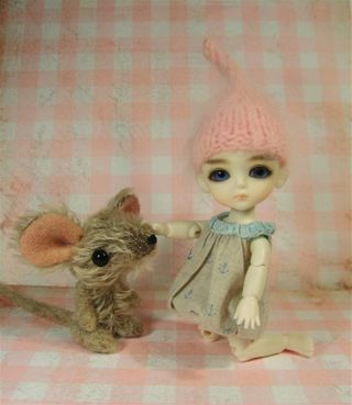 Paulie mouse d (Large)
