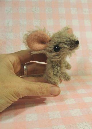 Paulie mouse c (Large)
