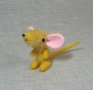 Goldie mouse aa (Large)