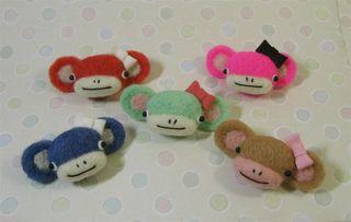 Monkey pins 038 (Large)