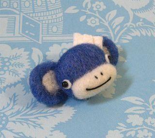 Monkey pins 022 (Large)